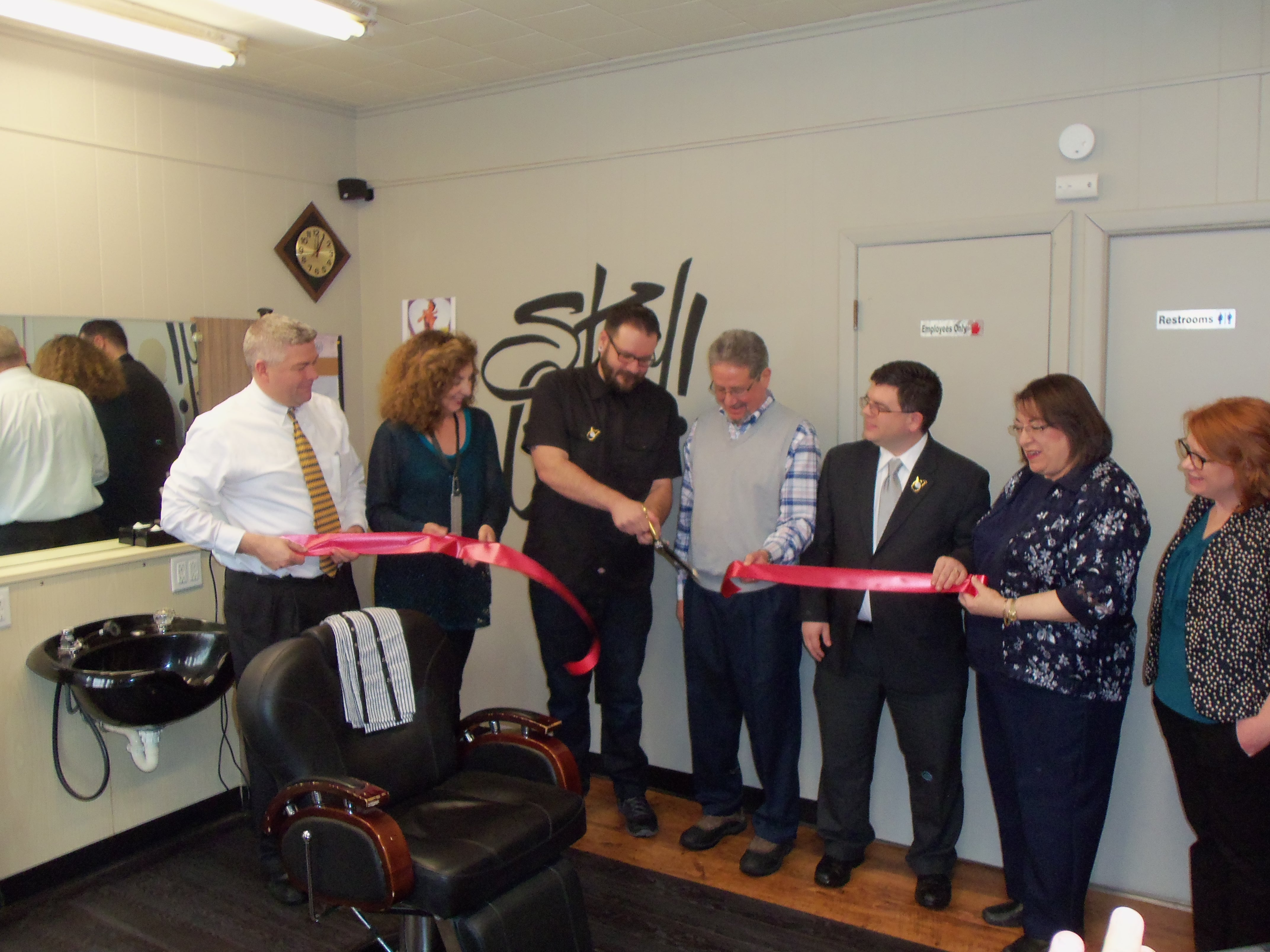 Stay Gold Barber Shop Opens in Downtown Clarksburg